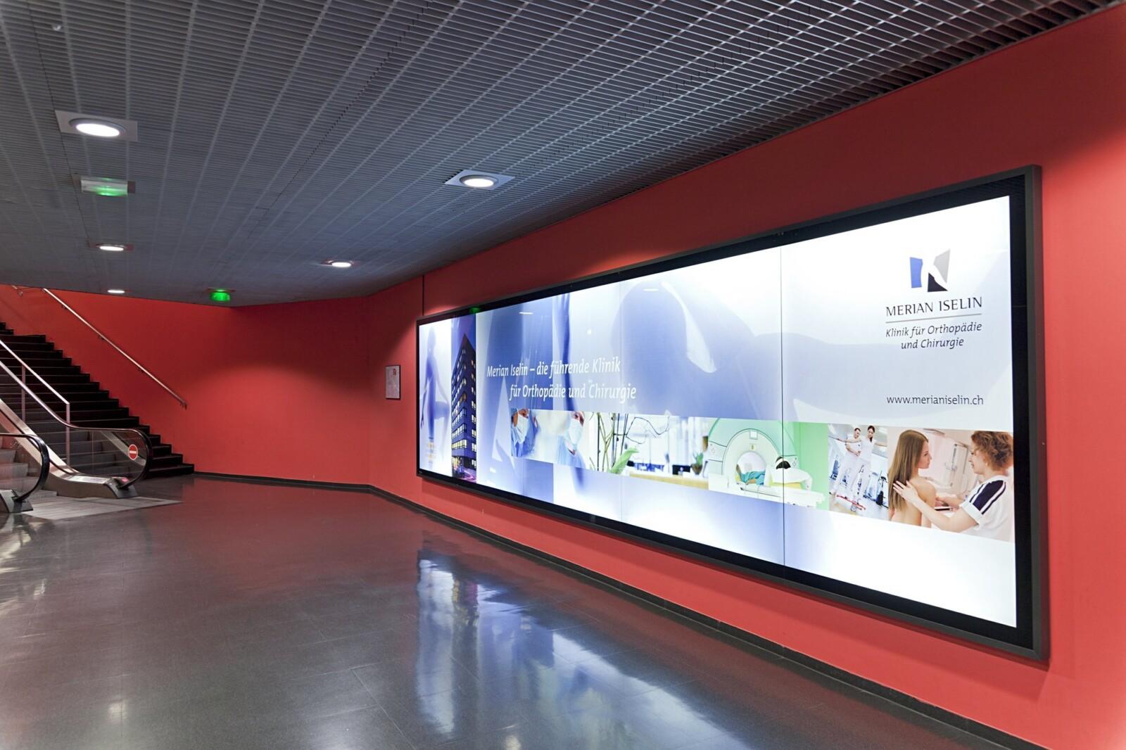 Publicité à l'aéroport - EuroAiport Basel - Affiches classiques et numériques - Comment fonctionne votre publicité dans la zone transite - Idéal pour le branding, l'image de marque et la notoriété de marque