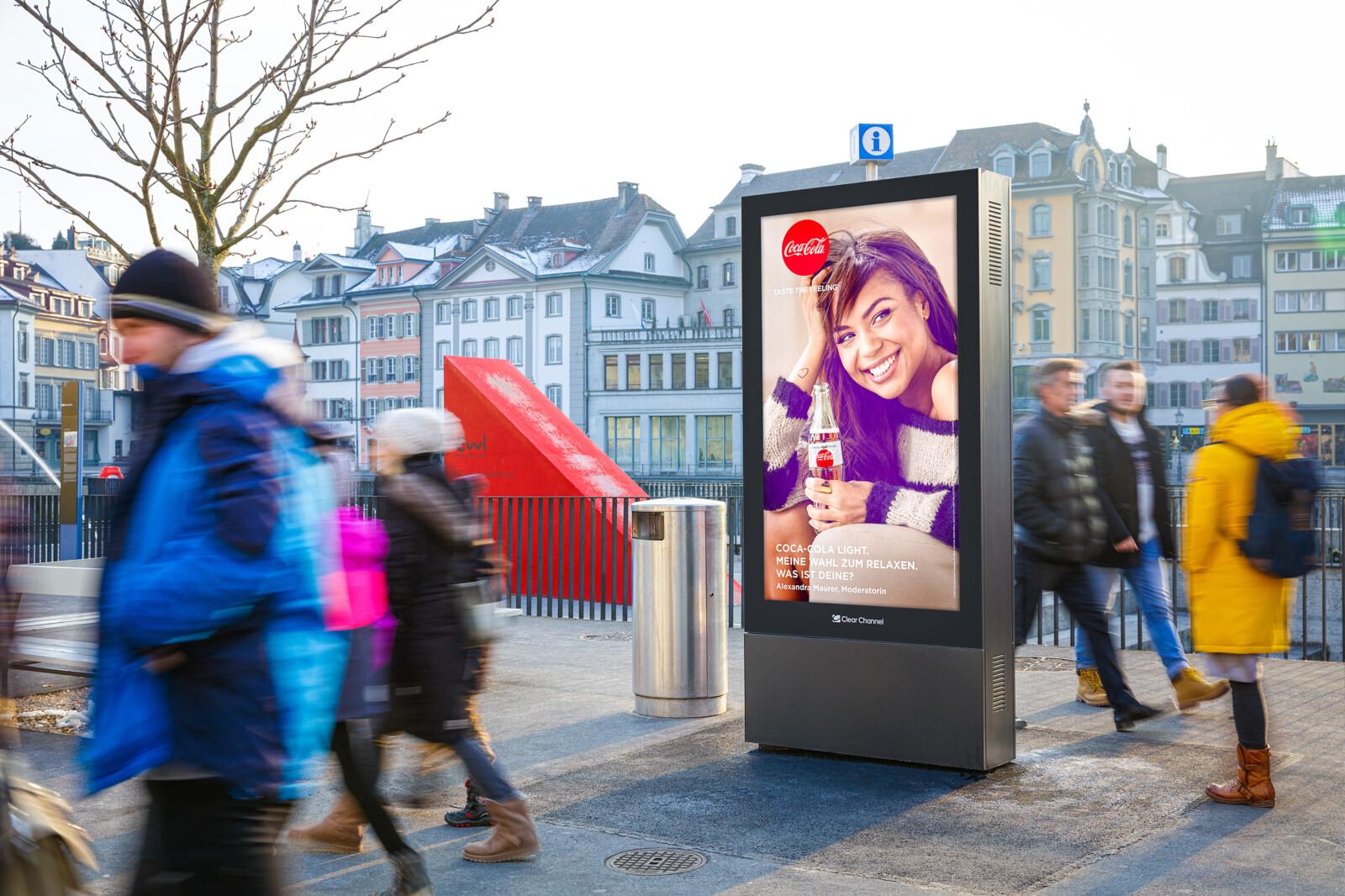 Digitales Plakat, Screen am Mühlenplatz in Luzern. Mit Stadtplan - Citymap - Luzern. Buchbar bei Clear Channel.