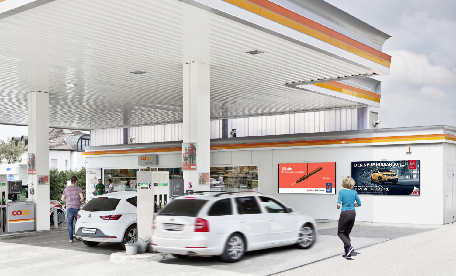 Poster advertising at the POS and filling stations - Increase sales at the POS with poster - reach target group with poster -high reach, cheap, simple.