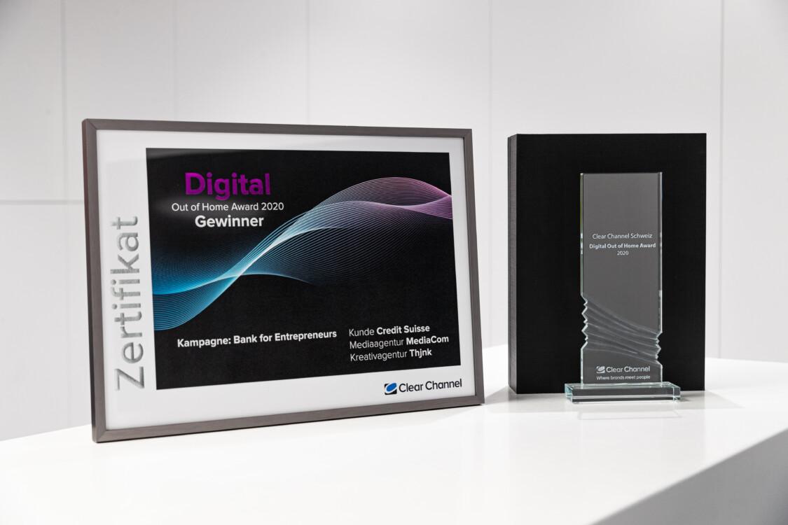Mit dem Digital Out-of-Home Award will Clear Channel Kampagnen auszeichnen, die das Medium DOOH innovativ und gezielt einsetzen und damit Inspiration für erfolgreiche DOOH-Kampagnen bieten.